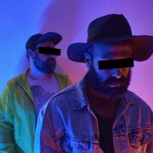 La barba, il Mac e l'elettronica: Lemandorle